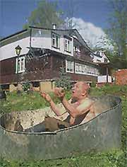 Лев Константинович Дуров на даче